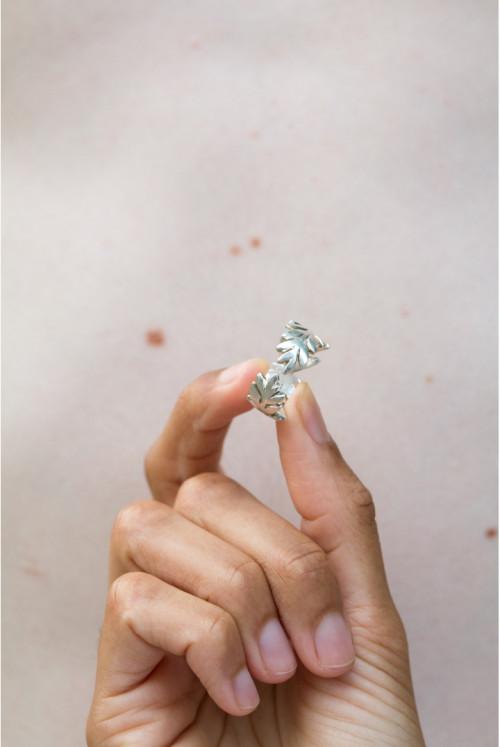 Laurel Ring Silver